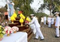 รูปภาพ : พิธีวางพานพุ่มเนื่องในวันพ่อขุนรามคำแหงมหาราช ประจำปี 2564