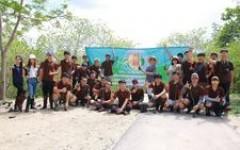 นศ.วิศวกรรมไฟฟ้า ออกสำรวจป่าชายเลน ณ จ.เพชรบุรี
