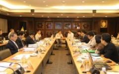 ประชุมคณะกรรมการบริหารมหาวิทยาลัยเทคโนโลยีราชมงคลล้านนา ครั้งที่ 12/2560