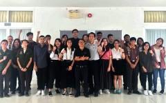 ผู้บริหารคณาจารย์ และนักศึกษาจากมหาวิทยาลัย Ngee Ann Polytechnic และ Temasek Polytechnic ให้เกียรติเยี่ยมชมการเรียนการสอนวิทยาลัยเทคโนโลยีและสหวิทยาการ