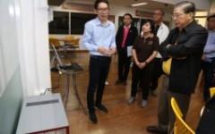 สมาชิกวุฒิสภาเดินทางเข้าชมห้องต้นแบบโครงการ Safe Zone ห้องปลอดฝุ่น มทร.ล้านนา และชมการสาธิตสอบเทียบหน้ากากป้องกันฝุ่น PM 2.5