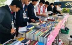 บรรยากาศการจัดแสดงรายการหนังสือ ของศูนย์หนังสือจุฬาฯ เพื่อจัดซื้อเข้าห้องสมุด วันที่ 29 มกราคม 2563 ณ ใต้ตึกคณะบริหารธุรกิจฯ