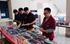 บรรยากาศการจัดแสดงรายการหนังสือ ของศูนย์หนังสือจุฬาฯ เพื่อจัดซื้อเข้าห้องสมุด วันที่ 30 มกราคม 2563 ณ อาคารวิศวกรรมศาสตร์