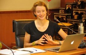 รูปภาพ : นักศึกษาแลกเปลี่ยน AFS นำเสนอผลงานและเล่าถึงประสบการณ์