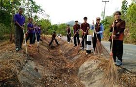 รูปภาพ : มทร.ล้านนา ลำปาง ร่วมกิจกรรมโครงการ Big Cleaning Day อุทยานแห่งชาติม่อนพระยาแช่