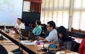 รูปภาพ : บุคลากร งานสารสนเทศเพื่อการเรียนรู้ ร่วมประชุม หารือเรื่องการพัฒนาภาษาอังกฤษ ครั้งที่ 1