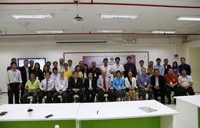 รูปภาพ : คณะวิศวกรรมศาสตร์ ขานรับการเป็นสมาชิก AEC จัดโครงการพัฒนาภาษาอังกฤษครูผู้สอน
