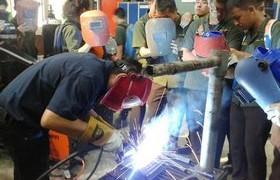 รูปภาพ : นักศึกษาเตรียมวิศวะ เรียนรู้มาตรฐานฝีมือแรงงาน