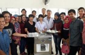 รูปภาพ : อบรมจัดทำไอศกรีม ให้นักศึกษาโครงการแลกเปลี่ยน BRIC Program