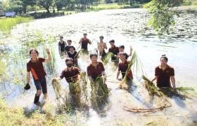 """รูปภาพ : มทร.ล้านนา ลำปาง จัดกิจกรรมรวมพลังแห่งความภักดี """"ทำดีด้วยกาย"""""""