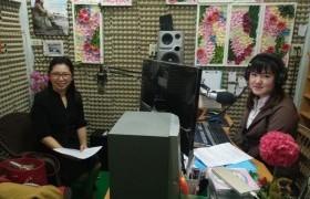 รูปภาพ : มทร.ล้านนา ลำปาง ออกสัมภาษณ์สดสถานีวิทยุ ประชาสัมพันธ์งานรับพระราชทานปริญญาบัตร