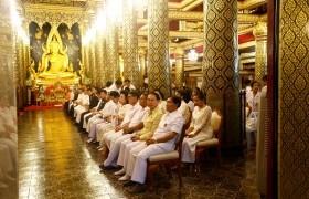 รูปภาพ : อธิการบดีร่วมเดินขบวนธรรมยาตรา ศรัทธามหาชนพร้อมทั้งพุทธศาสนิกชนร่วมงานสมโภช พระพุทธชินราช ครบ 660 ปี