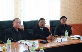 รูปภาพ : ประชุมเรื่องข้าวร่วมกับสถาบันพัฒนาสีแยกอินโดจีน