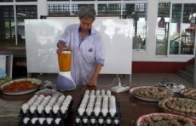 รูปภาพ : มทร.ล้านนา ลำปาง จัดฝึกอบรมการทำไข่เค็มสมุนไพร ให้แก่กลุ่มวิสาหกิจชุมชน และผู้สนใจ