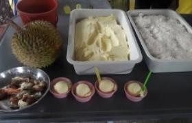 รูปภาพ : อาจารย์ มทร.ล้านนา ลำปาง เป็นวิทยากรฝึกอบรมเชิงปฏิบัติการ การทำไอศกรีมทุเรียน