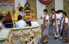 รูปภาพ : พิธีพระราชทานปริญญาบัตรแก่ผู้สำเร็จการศึกษา ประจำปีการศึกษา 2559