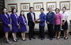 รูปภาพ : ธนาคารไทยพาณิชย์ มอบทุนการศึกษาแก่นักศึกษามทร.ล้านนา