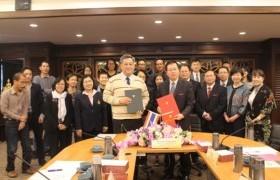 รูปภาพ : การประชุมร่วมกับคณะผู้แทนจาก Guangxi Normal University สาธารณรัฐประชาชนจีน