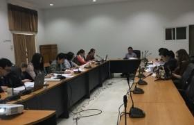 รูปภาพ : งานวิชาการ จัดการประชุมพิจารณาอนุมัติผลสำเร็จการศึกษา ประจำภาคการศึกษาที่ 2/2560