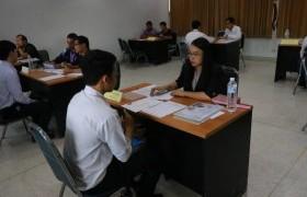 รูปภาพ : มหาวิทยาลัยเทคโนโลยีราชมงคลล้านนา เชียงราย จัดให้มีการสอบสัมภาษณ์นักศึกษาใหม่ ประจำปี 2561 (รอบรับตรง)