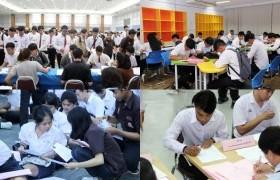 รูปภาพ : บรรยากาศการรายงานตัวและขึ้นทะเบียนเป็นนักศึกษาใหม่ ปีการศึกษา 2561 วันที่ 2