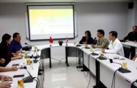รูปภาพ : การประชุมหารือการพัฒนาความร่วมมือด้านวิชาการ รวมถึงการแลกเปลี่ยนนักศึกษาและอาจารย์ จากคณะผู้บริหารจาก Chongqing University of Technology (CQUT) สาธารณรัฐประชาชนจีน