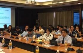 รูปภาพ : การประชุมพิจารณาแนวทางในการดำเนินการประกันคุณภาพการศึกษาของมหาวิทยาลัยระดับคณะ และหลักสูตร