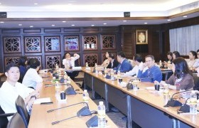 """Image : RMUTL held the meeting about """"Development of internal education quality assurance system and Achievement in course level/ curriculum level"""""""