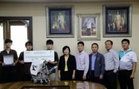 รูปภาพ : ทีม KSR Lanna  คว้ารางวัลรอง อันดับสอง หุ่นยนต์ iROBOT Create – The Next Chapter of Living