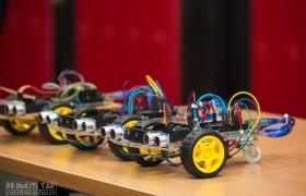 รูปภาพ : RMUTL-STEAM3 สร้างระบบควบคุมหุ่นยนต์ด้วยเทคโนโลยีอิเล็กทรอนิกส์ เครือข่ายอุดมศึกษาพี่เลี้ยง ปีที่ 3