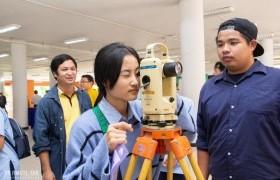 รูปภาพ : เปิดโลกแห่งการเรียนรู้ สู่บ้าน มทร.ล้านนา ตาก: RMUTL Tak Open House