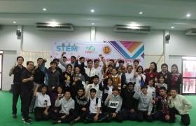 รูปภาพ : ทีมงาน STEM มทร.ล้านนา ร่วมกับ วิทยาลัยเกษตรฯ ลำพูน จัดห้องเรียนเสริมทักษะ Active Learning Classroom (ALC)