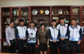 รูปภาพ : ทีม Love Father 3000 ตัวแทนประเทศไทยเข้าพบอธิการบดี