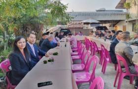 รูปภาพ : ผู้บริหาร มทร.ล้านนา เชียงราย เข้าร่วมกิจกรรมสภากาแฟอำเภอพาน ณ บ้านพักนายอำเภอพาน