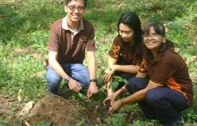 รูปภาพ : บุคลากรสถาบันวิจัยเทคโนโลยีเกษตรร่วมปลูกต้นไม้เนื่องในวันพืชมงคล
