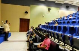 รูปภาพ : มทร.ล้านนา พิษณุโลก ประชุมร่วมกับผู้ประกอบการหอหักเครือข่ายมหาวิทยาลัย เพื่อกำหนดมาตรการการเฝ้าระวังการแพร่ระบาดของเชื้อโรคโควิด-19