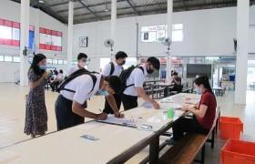 รูปภาพ : การรายงานตัวเข้าหอพักนักศึกษาระดับ ปวส. และสาขาออกแบบอุตสาหกรรม ปีการศึกษา 2563