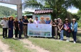 รูปภาพ : มทร.ล้านนา เชียงราย เข้าติดตามการดำเนินโครงการยกระดับคุณภาพชีวิตหมู่บัาน ชุมชน แบบมีส่วนร่วม ในเขตพื้นที่ตำบลดงมะดะ อำเภอแม่ลาว จังหวัดเชียงราย