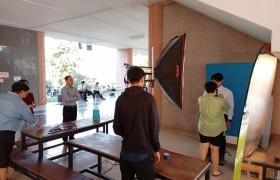 รูปภาพ : ภาพการดำเนินงานการถ่ายรูปทำบัตรนักศึกษา ประจำปีการศึกษา 2563