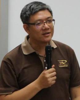ดร.นภดล มณีเฑียร